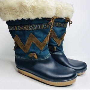 Baffin Winter Boots Sheepskin Lined 9 Blue Tribal